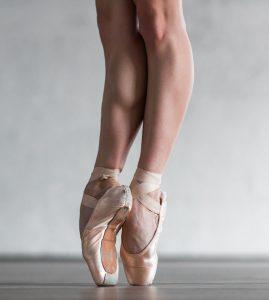 72973288 xl 269x300 - 72973288 - young beautiful dancer posing in studio